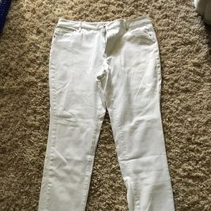 Coldwater Creek white stretch straight leg jeans